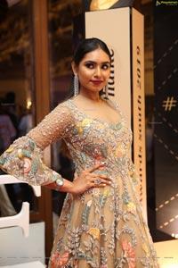 Vineetha at Dadasaheb Phalke Awards South 2019