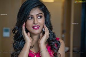 Divyangana Singh HD Photos