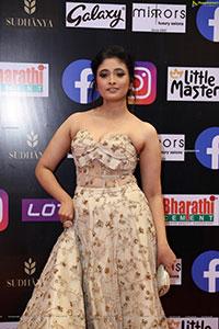 Aarohi Narayan Gorgeous Stills at SIIMA 2021 Day 2