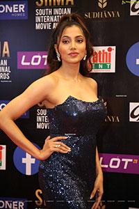 Ananya Sengupta at SIIMA Awards 2021