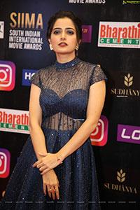 Ashika Ranganath at SIIMA Awards 2021 Day 2