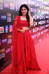 Dhanya Balakrishna At SIIMA Awards 2021