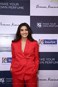 Divyansha Kaushik at Make Your Own Perfume News Store Launch
