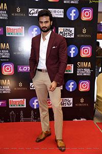 Karthikeya at SIIMA Awards 2021 Day 2
