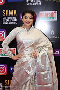Karunya Ram at SIIMA Awards 2021 Day 2