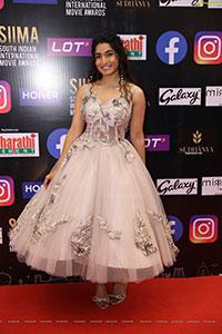 Krishi Thapanda at SIIMA Awards 2021 Day 2
