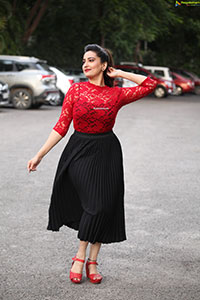 Manjusha at Seetimaarr Movie Success Meet