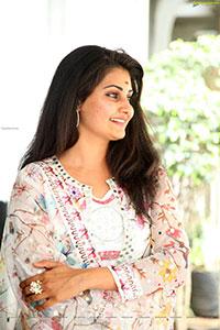 Manochitra at Ram Vs Ravan Movie Opening