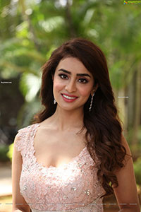 Musskan Sethi at Maro Prasthanam Trailer Launch