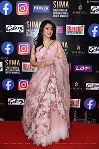 Nithya Mammen at SIIMA Awards 2021 Day 2