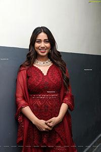 Nivetha Pethuraj at Gismat Mandi Arabic Restaurant Launch