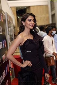 Pooja Hegde at SIIMA Awards 2021 Day 2