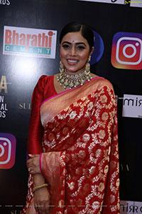 Poorna at SIIMA Awards 2021 Day 2