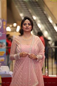 Rachita Ram at SIIMA Awards 2021