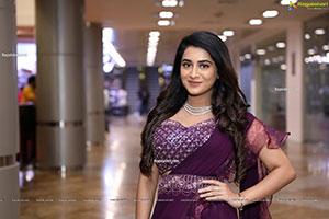 Rashi Singh At SIIMA Awards 2021