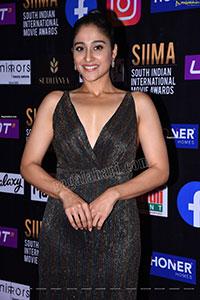 Regina Cassandra at SIIMA Awards 2021