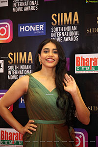 Sapthami Gowda at SIIMA Awards 2021