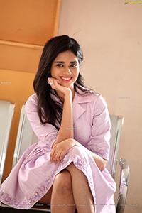 Tanvi Akaanksha at Alanti Sitralu Movie Press Meet