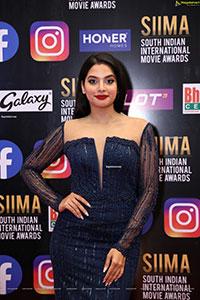 Tanya Hope at SIIMA Awards 2021 Day 2