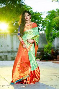 Udaya Bhanu Latest Photoshoot in Green Silk Saree