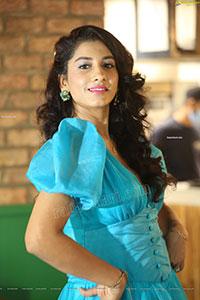 Vishnupriya Bhimeneni Stunning Stills