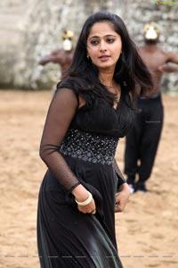 Anushka Shetty Siva Thandavam