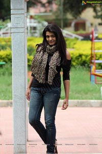 Cool Ganesha Heroine Tashu Kaushik