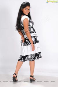 Telugu Heroine Tanusha