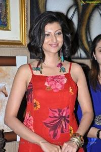 Hamsa Nandini Sleeveless Dress