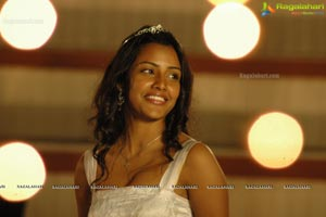 Priya Anand Live Movie Stills