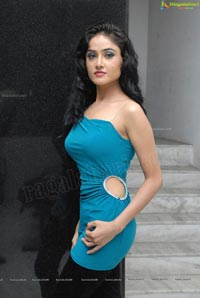Heroine Sony Charishta