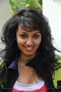 Tejaswi Madivada High Definition Photos