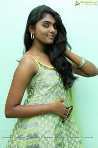 Actress Aslesha