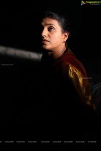 Acrtress Roja