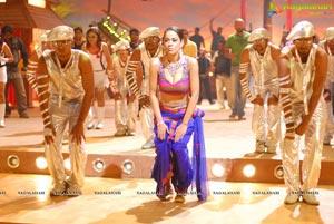 Mumaith Khan in Kevvu Keka