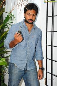 Hero Avinash